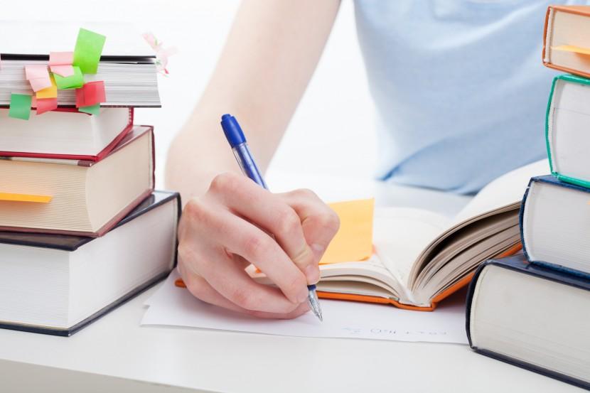 Exámenes internacionales  KET, PET, FCE, CAE, CPE, BEC Higher & IGCSE